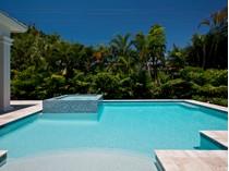 Casa para uma família for sales at THE MOORINGS 627  Binnacle Dr  The Moorings, Naples, Florida 34103 Estados Unidos