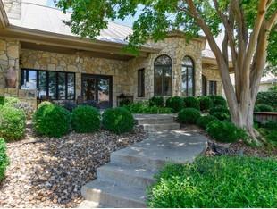 Vivienda unifamiliar for sales at Luxury in Llano 31 Applehead Island Horseshoe Bay, Texas 78657 Estados Unidos