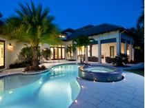 Casa para uma família for sales at PARK SHORE 4010  Old Trail Way   Naples, Florida 34103 Estados Unidos