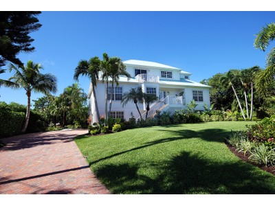 Moradia for sales at Sanibel 561  Lighthouse Way  Sanibel, Florida 33957 Estados Unidos