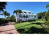 Maison unifamiliale for sales at Sanibel 561  Lighthouse Way, Sanibel, Florida 33957 États-Unis