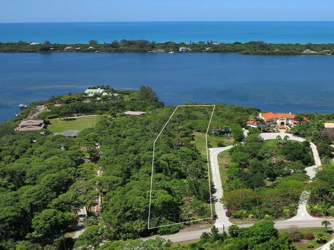 Land for sales at ENGLEWOOD GARDENS Bayshore Dr 818   Englewood, Florida 34223 United States