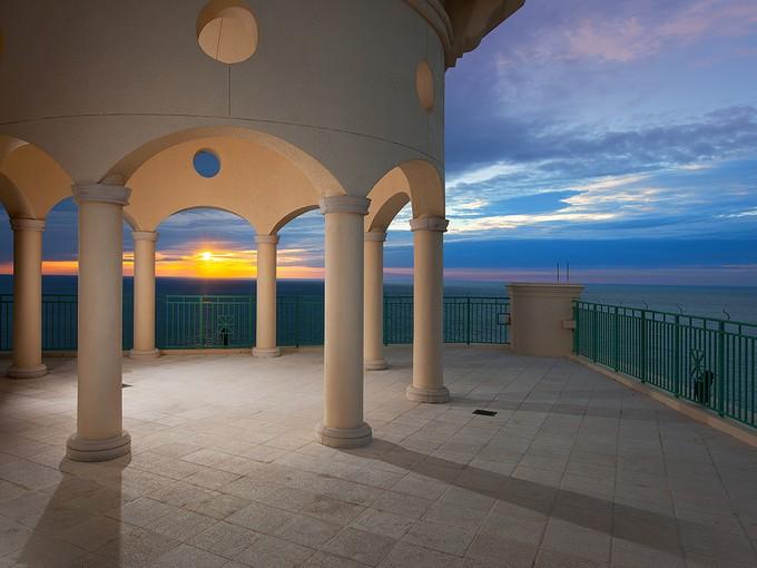 Nhà chung cư for sales at CAPE MARCO - BELIZE 970  Cape Marco Dr 2506 Marco Island, Florida 34145 Hoa Kỳ
