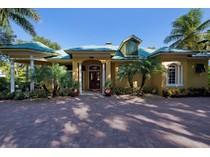 Villa for sales at OLDE NAPLES 315  3rd Ave  N   Naples, Florida 34102 Stati Uniti