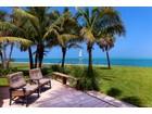 Nhà ở một gia đình for  sales at OCEAN BEACH 4632  Ocean Blvd   Sarasota, Florida 34242 Hoa Kỳ