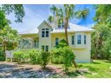 Maison unifamiliale for sales at SANIBEL 2543  Tropical Way Ct, Sanibel, Florida 33957 États-Unis