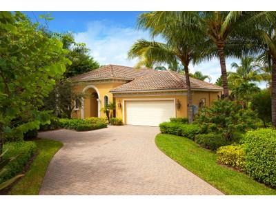 Частный односемейный дом for sales at FIDDLERS' CREEK - SAUVIGNON 3299  Hyacinth Dr  Naples, Флорида 34114 Соединенные Штаты