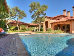 Single Family Home for sales at Private Club Lifesyle on Lake LBJ 166 Encantada Horseshoe Bay, Texas 78657 United States