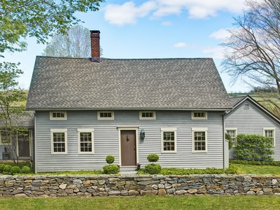 Casa Unifamiliar for sales at 18th Century Antique 350 Northrup Street Bridgewater, Connecticut 06752 Estados Unidos