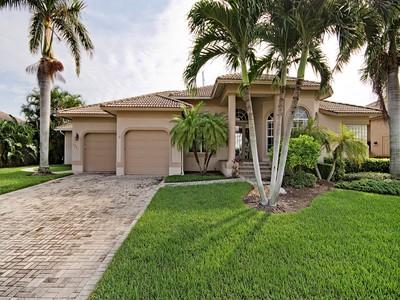 Moradia for sales at MARCO ISLAND 1221  Stone Ct Marco Island, Florida 34145 Estados Unidos