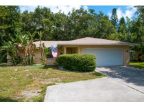 Villa for sales at SUNSET BAY 1555  Siesta Dr   Sarasota, Florida 34239 Stati Uniti