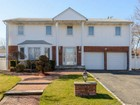 Villa for  open-houses at Colonial 30 Bridle Path  Roslyn, New York 11576 Stati Uniti