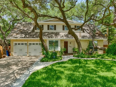 Single Family Home for sales at Stunning Home in Charter Oaks 3123 Colony Dr San Antonio, Texas 78230 United States