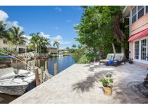 Eigentumswohnung for sales at OYSTER BAY-QUARTERDECK 1504  Blue Point Ave 2   Naples, Florida 34102 Vereinigte Staaten