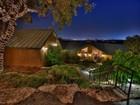 Maison unifamiliale for  sales at Endless City Views in Helotes Park Estates 10002 Lazy J Trl   Helotes, Texas 78023 États-Unis