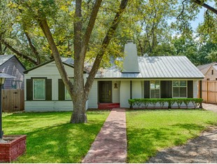 Single Family Home for sales at Charming Home in Alamo Heights 236 Tuxedo Ave San Antonio, Texas 78209 United States