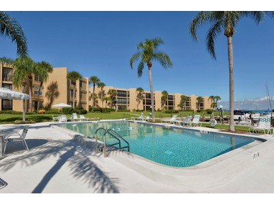 Condominium for sales at LONGBOAT HARBOUR 450  Gulf Of Mexico Dr B207  Longboat Key, Florida 34228 United States