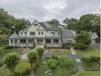 獨棟家庭住宅 for sales at McLean: 6653 Sorrel Street    McLean, 弗吉尼亞州 22101 美國