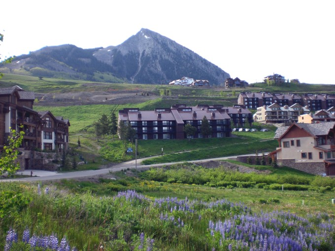 Đất đai for sales at Bear Crossing   Multi-Family Development Lot 14 Castle Road Mount Crested Butte, Colorado 81225 Hoa Kỳ