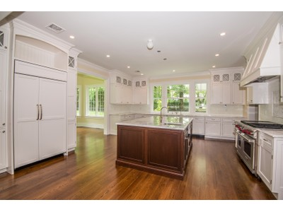 Single Family Home for sales at Colonial 7 Hilldale Ln Sands Point, New York 11050 United States