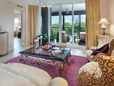Condominio for sales at PELICAN BAY - MONTENERO 7575  Pelican Bay Blvd 206 Naples, Florida 34108 Stati Uniti