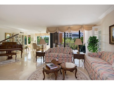 Condominio for sales at 4251 Gulf Shore Blvd N, Naples, FL 34103 4251  Gulf Shore Blvd  N 3B Naples, Florida 34103 Estados Unidos