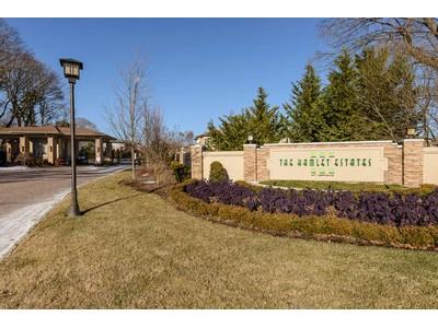 Condomínio for sales at Homeowner Assoc 21 Kettlepond Rd  Jericho, Nova York 11753 Estados Unidos