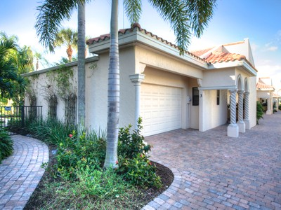 Townhouse for sales at OCEAN SANDS 718  Golden Beach Blvd 3 Venice, Florida 34285 United States