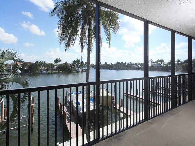 Piso for sales at VANDERBILT BEACH - VANDERBILT BAY 10482  Gulf Shore Dr 211 Naples, Florida 34108 Estados Unidos