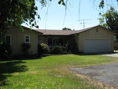Maison unifamiliale for sales at 1020 Wyatt Ave, Napa, CA 94559 1020  Wyatt Ave Napa, Californie 94559 États-Unis