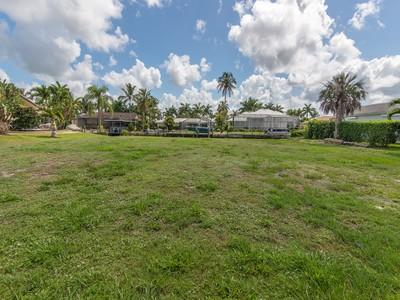 土地 for sales at MARCO ISLAND - BALSAM CT 481  Balsam Ct Marco Island, フロリダ 34145 アメリカ合衆国