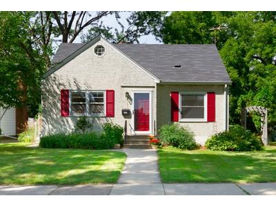 Maison unifamiliale for sales at 0 581  Pelham Blvd  St. Paul, Minnesota 55104 États-Unis