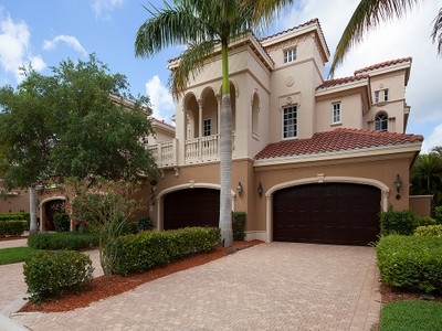 Condominio for sales at FIDDLER'S CREEK - MENAGGIO 9279  Menaggio Ct 102 Naples, Florida 34114 Estados Unidos