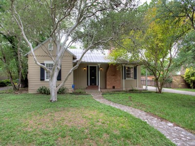 Single Family Home for sales at Charming Single Story in Alamo Heights 160 W Edgewood Pl San Antonio, Texas 78209 United States