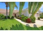 Casa Unifamiliar Adosada for sales at PELICAN POINTE GOLF & COUNTRY CLUB 587  Back Nine Dr Venice, Florida 34285 Estados Unidos
