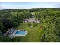 Einfamilienhaus for sales at Sunninghill    Old Brookville, New York 11545 Vereinigte Staaten