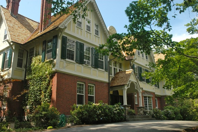 Vivienda unifamiliar for sales at James W. Henning Estate 13 Lakeview Road Tuxedo Park, Nueva York 10987 Estados Unidos