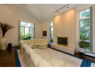 Single Family Home for sales at Colonial 6 Great Oak Rd Manhasset, New York 11030 United States
