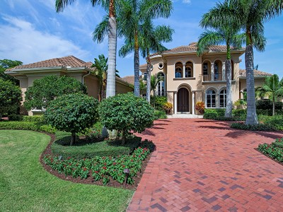 Moradia for sales at GREY OAKS - ESTUARY 1271  Osprey Trl Naples, Florida 34105 Estados Unidos