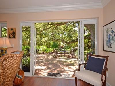 獨棟家庭住宅 for sales at 1284 SW 14th St , Boca Raton, FL 33486  Boca Raton, 佛羅里達州 33486 美國