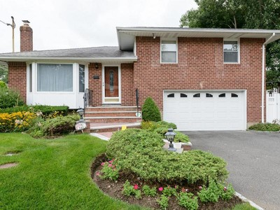 Single Family Home for sales at Split 240 Martin Dr Syosset, New York 11791 United States