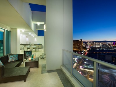 Appartement en copropriété for sales at The One and Only Las Vegas SkySuite 2700 S Las Vegas #4301 Las Vegas, Nevada 89109 États-Unis