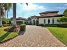Maison unifamiliale for  sales at PARK SHORE 750  Fountainhead Ln   Naples, Florida 34103 États-Unis
