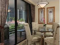 Eigentumswohnung for sales at PARK SHORE - TERRACES 4751  Gulf Shore Blvd  N 505   Naples, Florida 34103 Vereinigte Staaten