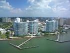 Eigentumswohnung for sales at CONDO ON THE BAY 988  Blvd Of The Arts 112 Sarasota, Florida 34236 Vereinigte Staaten