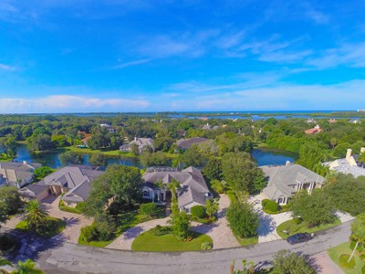 Maison unifamiliale for sales at THE OAKS BAYSIDE 273  Osprey Point Dr  Osprey, Florida 34229 États-Unis