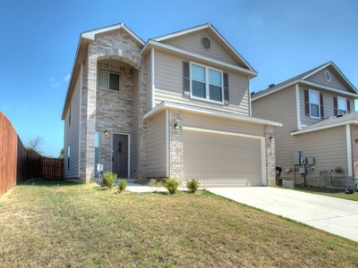 Einfamilienhaus for sales at Spacious Home in Bulverde Village 3523 Lantana Falls San Antonio, Texas 78261 Vereinigte Staaten