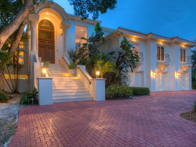 Moradia for sales at BAY ISLAND 835  Norsota Way   Sarasota, Florida 34242 Estados Unidos