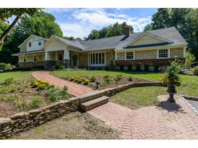 Single Family Home for sales at Farm Ranch 5 Pippin Ln  Lloyd Harbor, New York 11743 United States