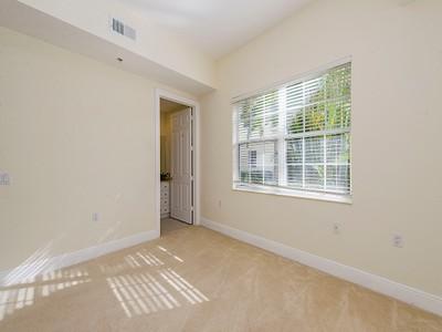 Nhà chung cư for sales at FIDDLER'S CREEK - MONTREUX 3755  Montreux Ln 104 Naples, Florida 34114 Hoa Kỳ
